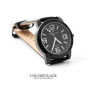 Valentino范倫鐵諾格紋面板錶