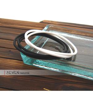 黑白塑膠百搭手環