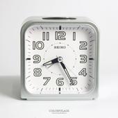 SEIKO圓弧方型銀色白底鬧鐘
